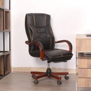 Thanh lý ghế da giám đốc tay gỗ da